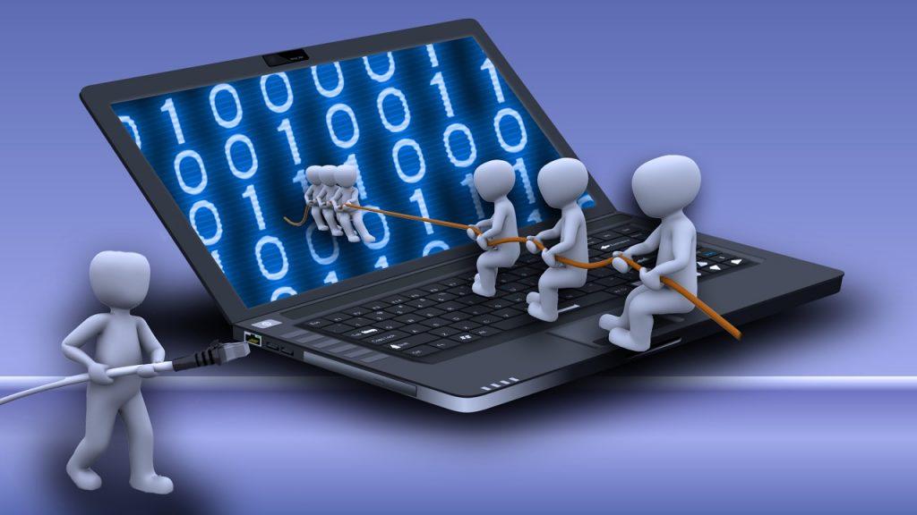 laptop, internet, reality-1104066.jpg
